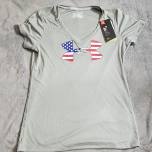 UNDER ARMOUR AMERICAN FLAG LOGO HEAT GEAR SHIRT